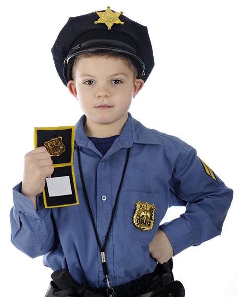 Ein Polizeiausweis für alle! • Foto: Glenda Powers / Fotolia.com