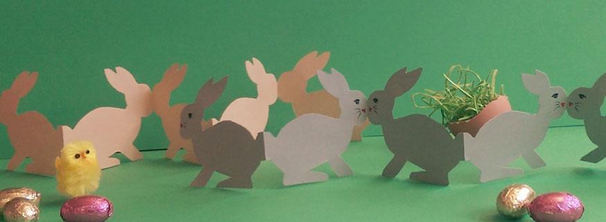 Die Girlande passt nicht nur super zum Bauernhofgeburtstag, auch an Ostern macht sie auf der Festtagstafel eine gute Figur.