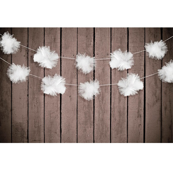 T1142509-Girlande-Tuell-Pompons-weiss-2m-3-Stueck