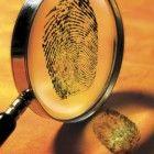 Detektivgeburtstag-Spiel-Fingerabdruck-nehmen