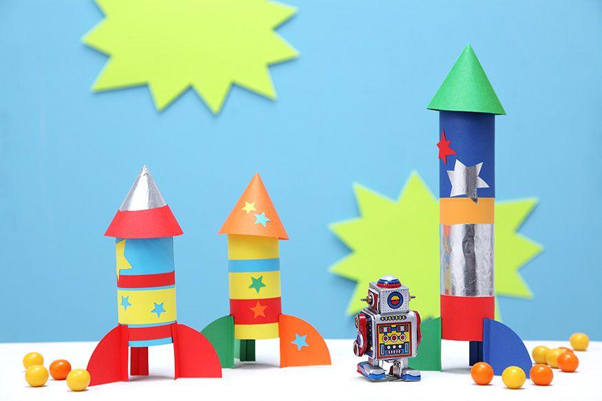 Diese Raketen heben gleich zur Weltraumparty ab. • Umsetzung und Foto: Thordis Rüggeberg