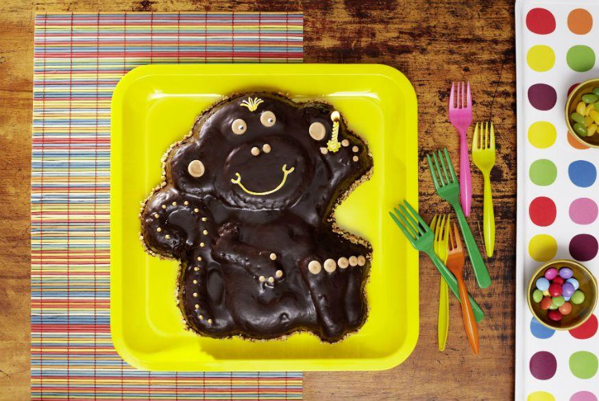 Ein frecher Kuchen für kleine Dschungelabenteurer. • Foto & Styling: Thordis Rüggeberg, Foodproduktion: Sarah-Christine Brandt