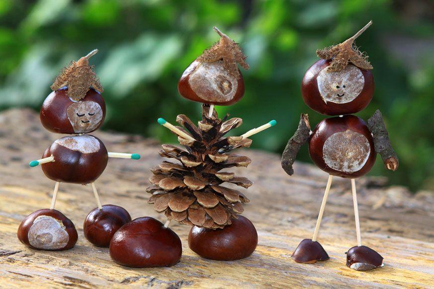 Aus Kastanien, Tannenzapfen und Bucheckern lassen sich lustige Männchen basteln. • Karina Baumgart  / Fotolia.com