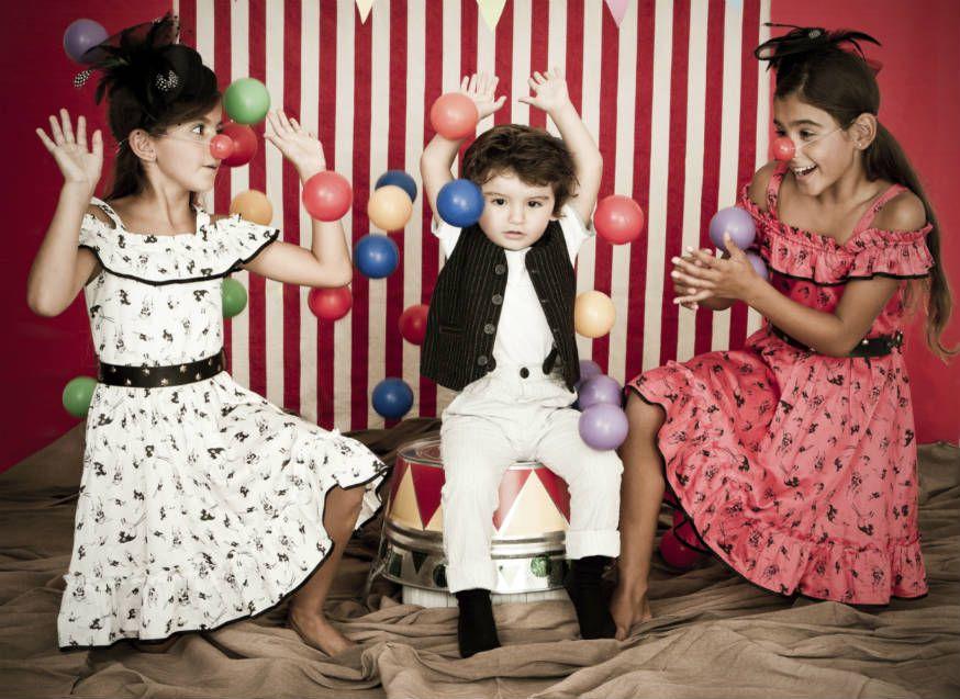 Auf der Zirkusparty dürfen alle Kinder zeigen, was für tolle Akrobaten in ihnen stecken. • Foto: Paz Ruiz Luque / Getty Images