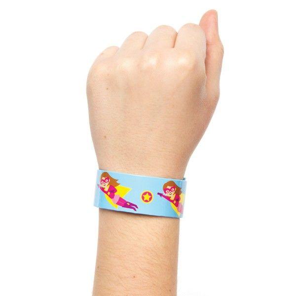 Schnapp-Armbänder Superhelden, 4 Stück