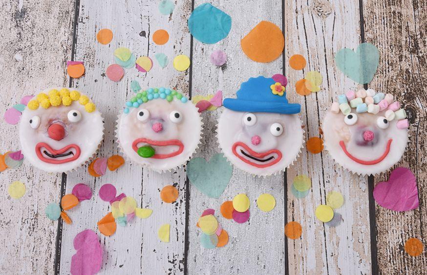 Clowns25a61bfc981328