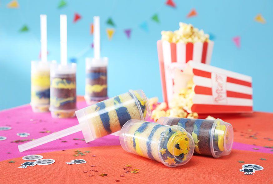Push-up Cake Pops sind ein tolle Idee für die Pyjama Party. • Foto & Styling: Thordis Rüggeberg, Foodproduktion: Eileen Greuel